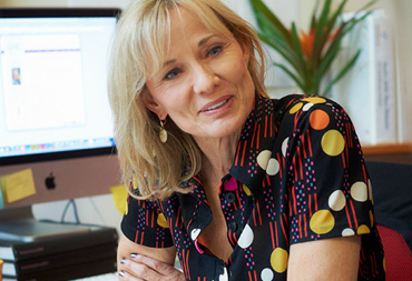 Nanette Newbry, Studio 2055